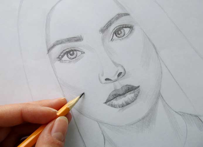 Women drawing easy